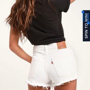 NWT Levi's 501 Cutoff Mid-rise White Denim Shorts